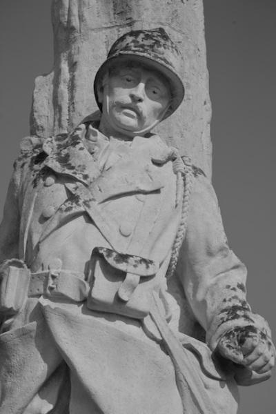 Serge-Philippe-Lecourt-2014-Monument aux morts Rosiers sur Loire(49)