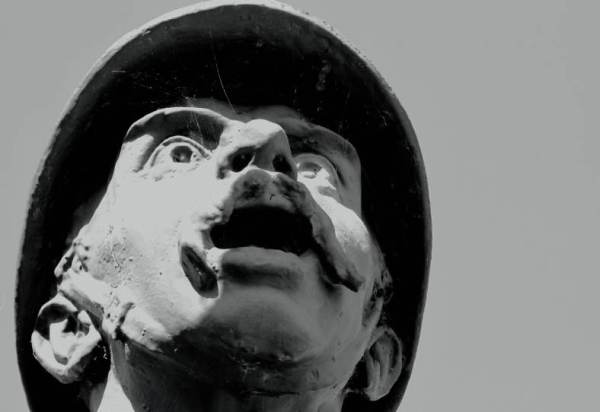 Serge-Philippe-LECOURT-2014-monuments-aux-morts-Creully