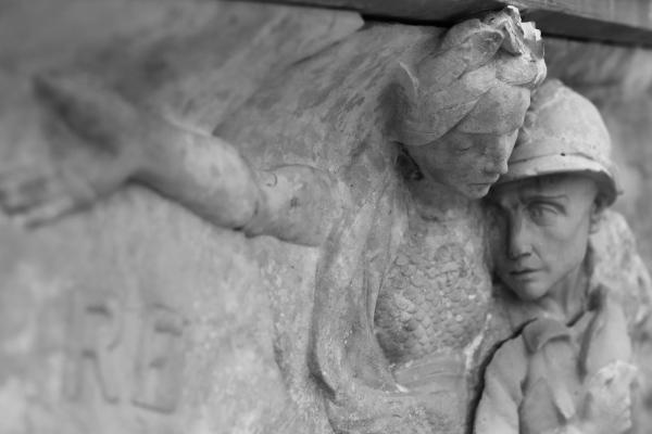 Serge-Philippe-Lecourt-2015-Monument-aux-morts-Balleroy-1