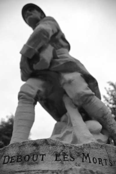 Serge-Philippe-Lecourt-2015-Monument-aux-morts-Routot-27-11