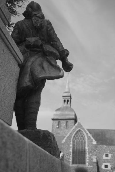 Serge-Philippe-Lecourt-2014-Monument-aux-morts-Iffendic-35-3