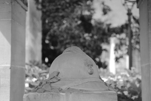 Serge-Philippe-Lecourt-2014-Monument-aux-morts-Serquigny-7