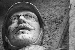 Serge-Philippe-Lecourt-2015-Monument-aux-morts-Breteuil-27-102