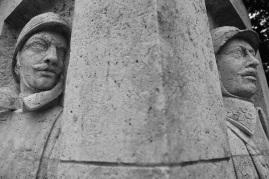 Serge-Philippe-Lecourt-2015-Monument-aux-morts-Breteuil-27-41