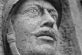 Serge-Philippe-Lecourt-2015-Monument-aux-morts-Breteuil-27-42