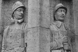 Serge-Philippe-Lecourt-2015-Monument-aux-morts-Breteuil-27-89