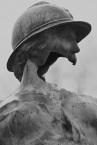 Serge-Philippe-Lecourt-2014-Monument-aux-morts-Trévières-gueule-cassee-4