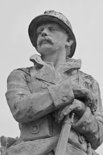 Serge-Philippe-Lecourt-2015-Monument-aux-morts-Rémalard-61-11 2