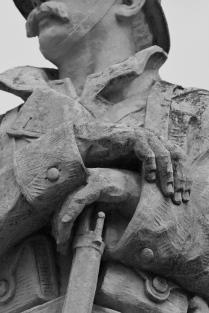 Serge-Philippe-Lecourt-2015-Monument-aux-morts-Rémalard-61-13 2