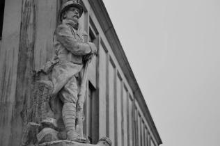 Serge-Philippe-Lecourt-2015-Monument-aux-morts-Rémalard-61-18 2