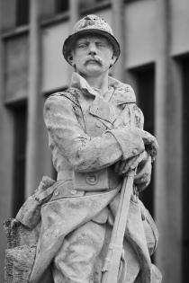 Serge-Philippe-Lecourt-2015-Monument-aux-morts-Rémalard-61-6 2