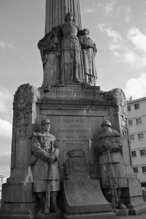 Serge Philippe Lecourt-2015-Monument aux morts-ROUEN-76-1
