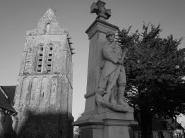Serge-Philippe-Lecourt-2015-Monument-aux-morts-St-Marcouf-50-28