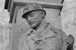 Serge-Philippe-Lecourt-2015-Monument-aux-morts-St-Marcouf-50-73