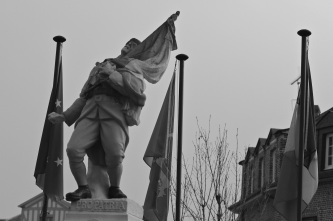 Serge-Philippe-Lecourt-2015-12-13-Monument-aux-morts-Epaignes-27-2