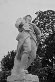 Serge-Philippe-Lecourt-2014-Monument-aux-morts-Craon-Mayenne-1