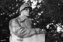 Serge-Philippe-Lecourt-2015-Monument-aux-morts-Brionne-27-7