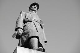 Serge-Philippe-Lecourt-2015-Monument-aux-morts-Granville-Manche-1