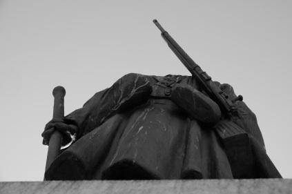 Serge-Philippe-Lecourt-2015-Monument-aux-morts-Granville-Manche-2