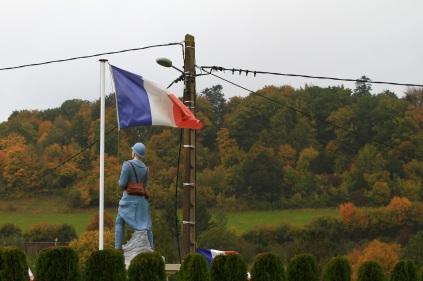 Serge-Philippe-Lecourt-2015-Monument-aux-morts-St-Julien-de-Mailloc-14-27