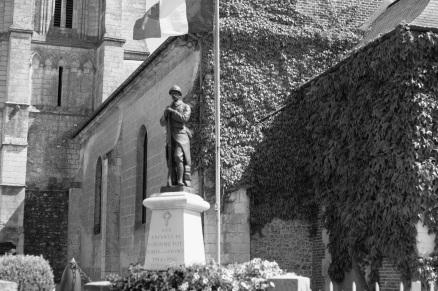 Serge-Philippe-Lecourt-2014-Monument-aux-morts-Fourmetot-27-1