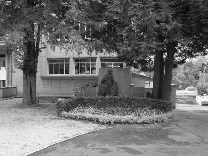 Serge-Philippe-Lecourt-2015-Monument-aux-morts-St-Lo-Ecole-normale-20
