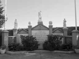 Serge-Philippe-Lecourt-2015-Monument-aux-morts-St-Sauveur-le-Vicomte-50-38