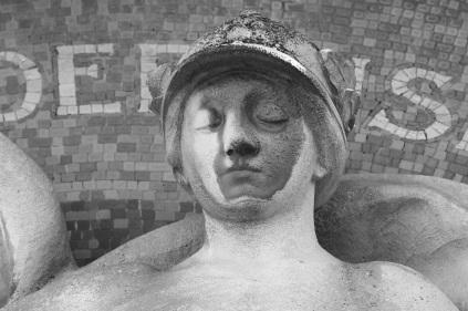 Serge-Philippe-Lecourt-2016-monument-aux-morts-Menilles-27-5