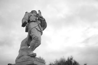 Serge-Philippe-Lecourt-2015-Monument-aux-morts-Préaux-du-Perche-61-18