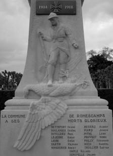 Serge-Philippe-Lecourt-2016-Monument-aux-morts-Romescamps- (1)