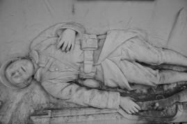 Serge-Philippe-Lecourt-2015-Monument-aux-morts-St-Jouin-de-Blavou-61-31