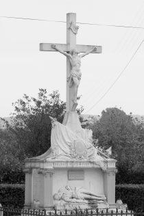 Serge-Philippe-Lecourt-2015-Monument-aux-morts-St-Jouin-de-Blavou-61-7