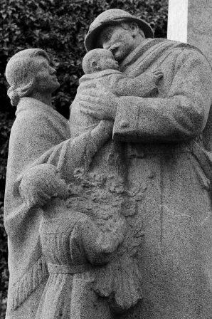 Serge-Philippe-Lecourt-2015-Monument-aux-morts-Saint-Etienne-du-Rouvray-76 (21)