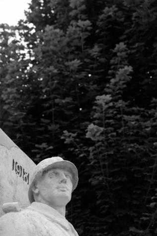 Serge-Philippe-Lecourt-2016-Monument-aux-morts-Neufchatel-en-Bray-76 (11)