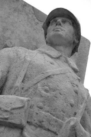 Serge-Philippe-Lecourt-2016-Monument-aux-morts-Neufchatel-en-Bray-76 (16)
