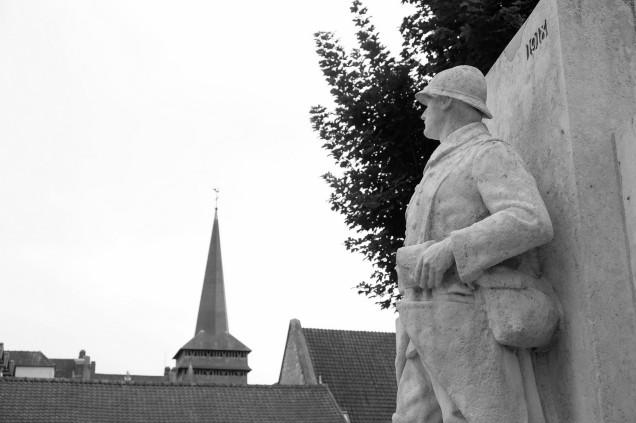 Serge-Philippe-Lecourt-2016-Monument-aux-morts-Neufchatel-en-Bray-76 (17)