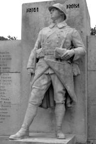 Serge-Philippe-Lecourt-2016-Monument-aux-morts-Neufchatel-en-Bray-76 (9)