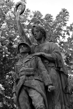 serge-philippe-lecourt-2016-monument-aux-morts-gisors-27-13