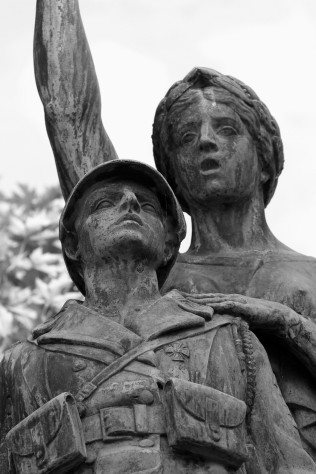 serge-philippe-lecourt-2016-monument-aux-morts-gisors-27-14