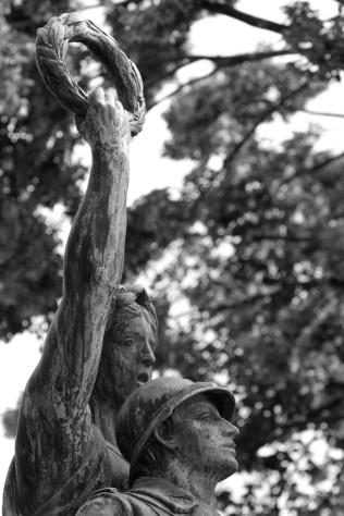 serge-philippe-lecourt-2016-monument-aux-morts-gisors-27-15