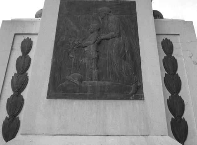 serge-philippe-lecourt-2016-monument-aux-morts-gisors-27-4