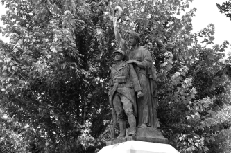 serge-philippe-lecourt-2016-monument-aux-morts-gisors-27-9