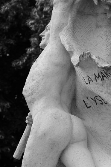 serge-philippe-lecourt-2016-monument-aux-morts-gournay-en-bray-76-32