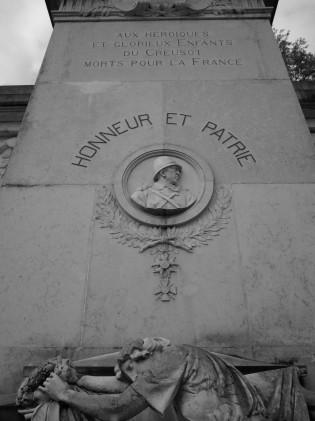 serge-philippe-lecourt-2016-monument-aux-morts-le-creusot-71-11