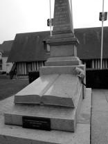 serge-philippe-lecourt-2016-monument-aux-morts-touques-14-1