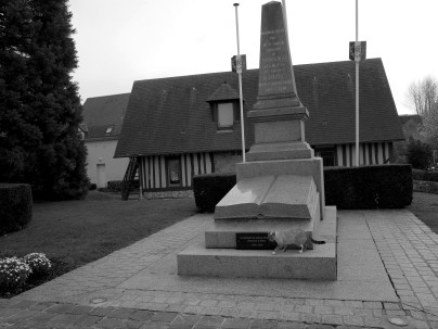 serge-philippe-lecourt-2016-monument-aux-morts-touques-14-25