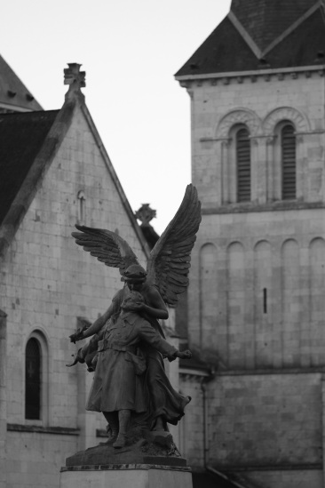 serge-philippe-lecourt-2016-monument-aux-morts-barentin-76-53