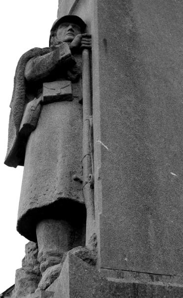 serge-philippe-lecourt-2016-monument-aux-morts-messei-61-1