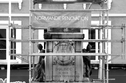 serge-philippe-lecourt-2016-11-monument-aux-morts-bolbec-refection-alphonse-guilloux-76-3