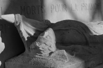 serge-philippe-lecourt-2016-11-monument-aux-morts-caen-36e-ri-115